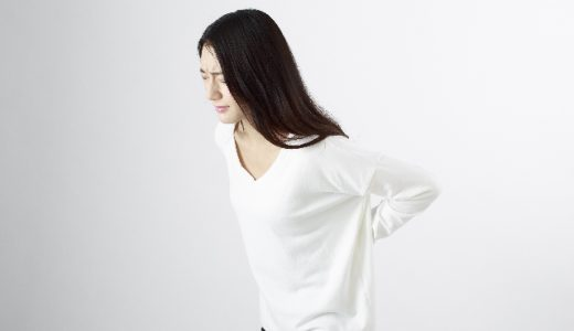 腰痛に泣かされるCAが日頃から意識して予防している腰痛対策とは?