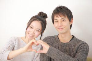 客室乗務員として働いているとお客様と恋愛関係になることはありますか?