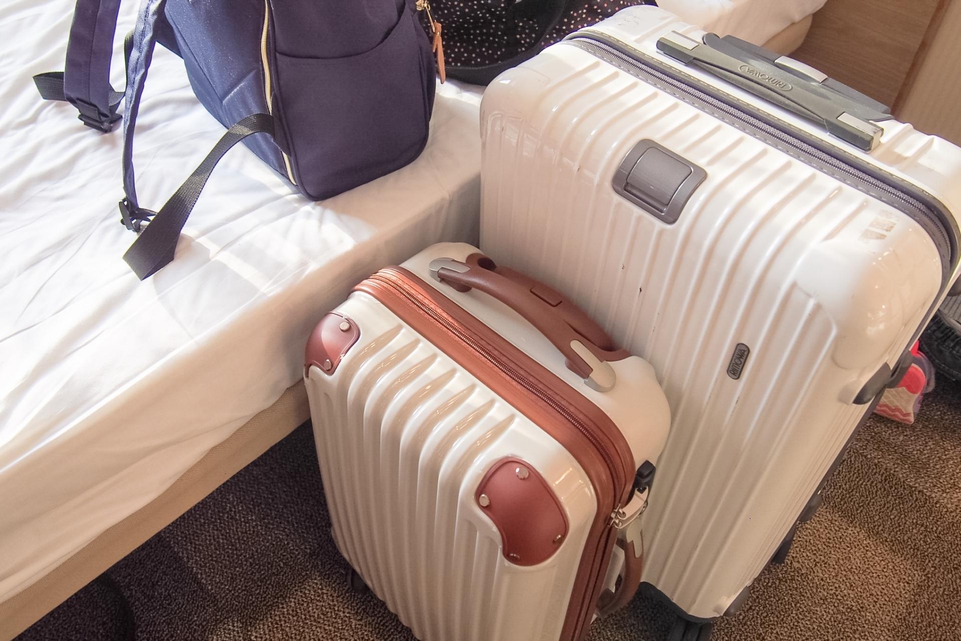 旅行に行く際の荷物をコンパクトにまとめるパッキング方法