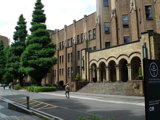 客室乗務員(キャビンアテンダント)になれる確率が高い大学は、関西のあの学校だった!?