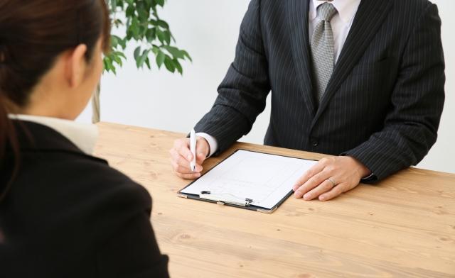 キャビンアテンダント受験の面接で聞かれることと面接対策の基本