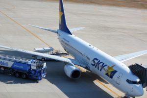 スカイマークはLCC?スカイマークとJAL・ANAの違い(会社や客室乗務員の比較)
