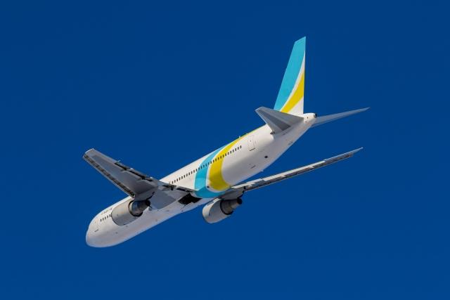 客室乗務員の役割と飛行機以外でCAが活躍しているフィールドとは?